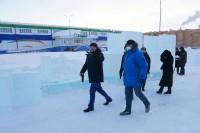 Глава Дудинки оценил ход работ по подготовке снежного городка