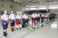 Столетие важных служб отметили хоккеем