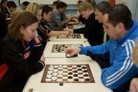 Лучшие шашисты в командах «Север» и «Администрация»