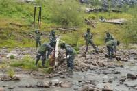 Волонтеры приступили к очистке побережья Енисея