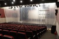 В Дудинке ремонтируют большой зал «Арктики»