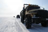 Зимник обеспечивает поставки в отдаленный посёлок