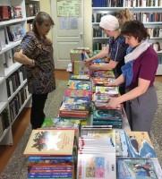 В библиотеке семейного чтения прошла очередная книжная ярмарка