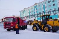 В Дудинке продолжается снегоуборочный сезон