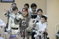 Дудинцев познакомили с танцами эскимосов