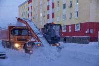 Дудинку очищают от снега